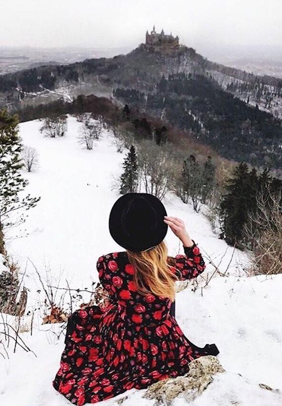 Модный образ в стиле Travel In the fairytale