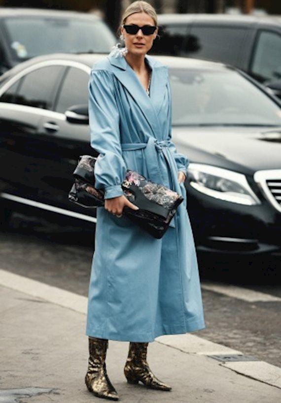 Модный образ в стиле Ретро blue trench