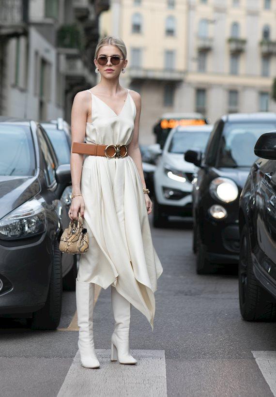 Модный образ в стиле Романтический white boots