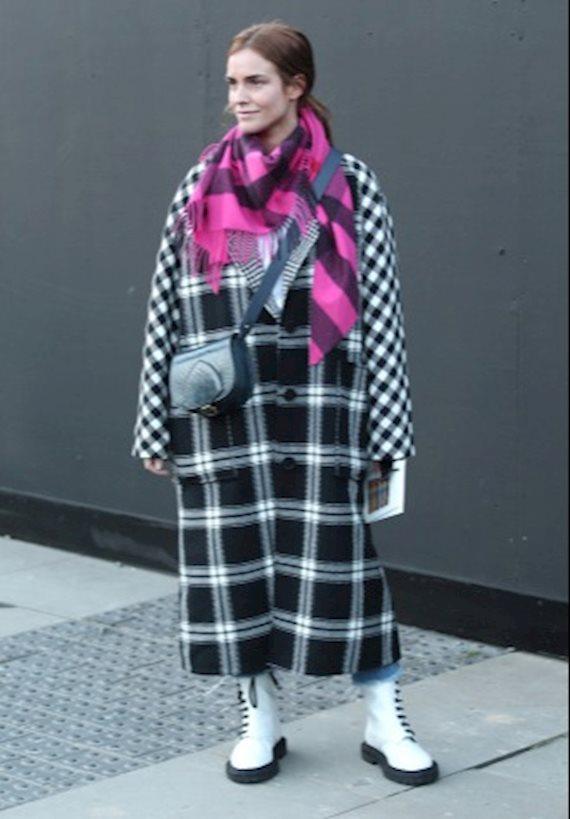 Модный образ в стиле casual plaid coat