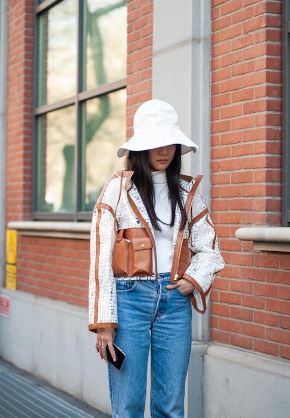Модный образ в стиле Casual FENDI jacket