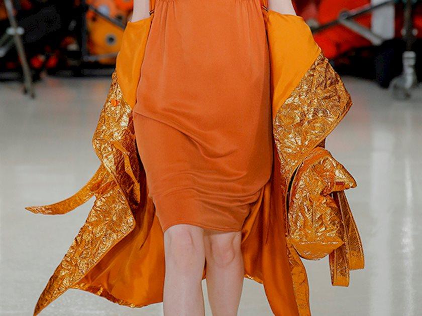Хит: Оранжевый - новый цвет для осени
