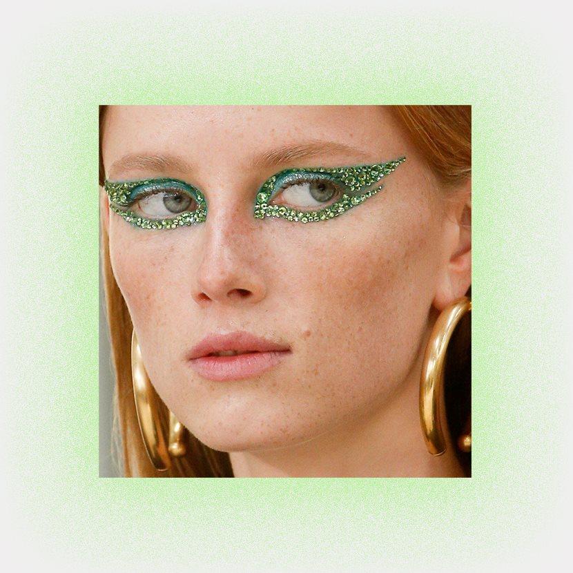 Весенний макияж: Зеленые оттенки