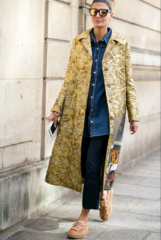 Модный образ в стиле Casual golden coat