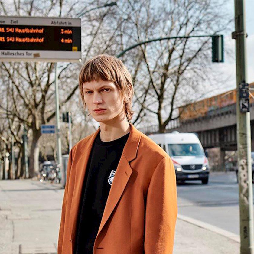 Осенью в Берлине: Новый Hugo