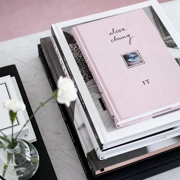 Без повода: 6 модных книг в подарок
