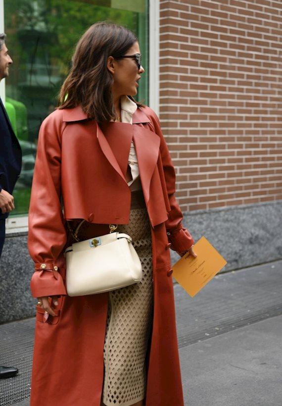 Модный образ в стиле Итальянский Street style outfit during Milan Fashion Week