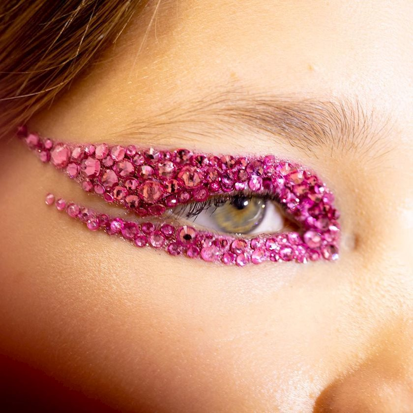 4 варианта макияжа на Новый год
