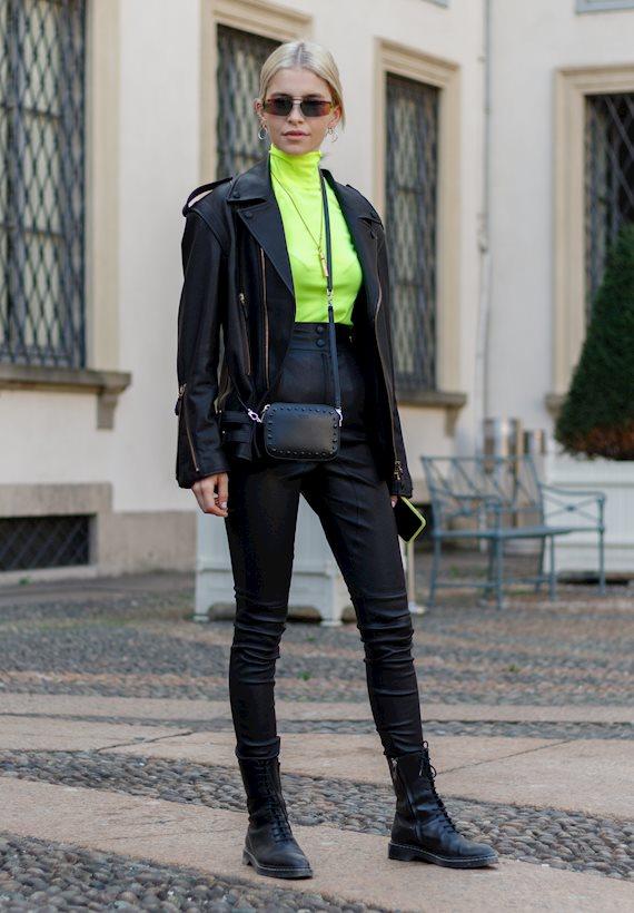 Модный образ в стиле casual neon