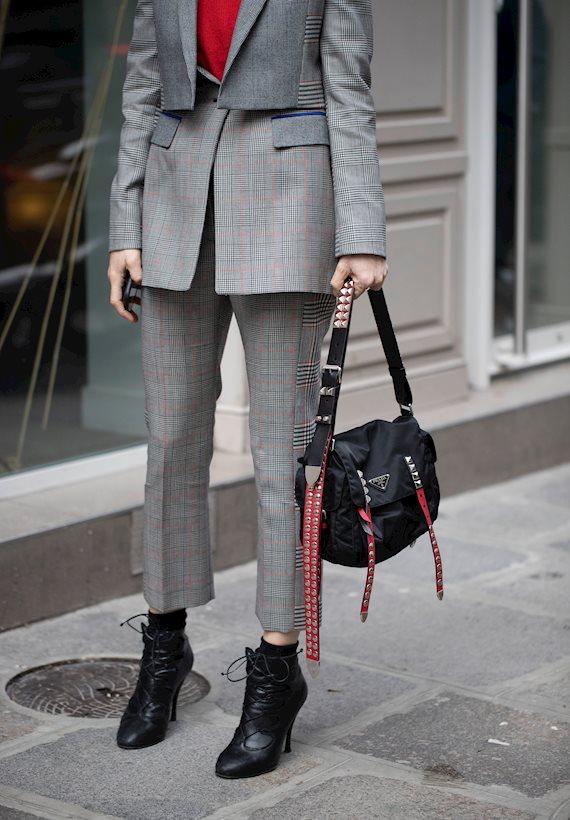 Модный образ в стиле Деловой grey suit