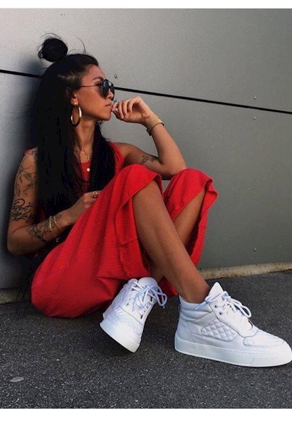 Модный образ в стиле Travel Red mood