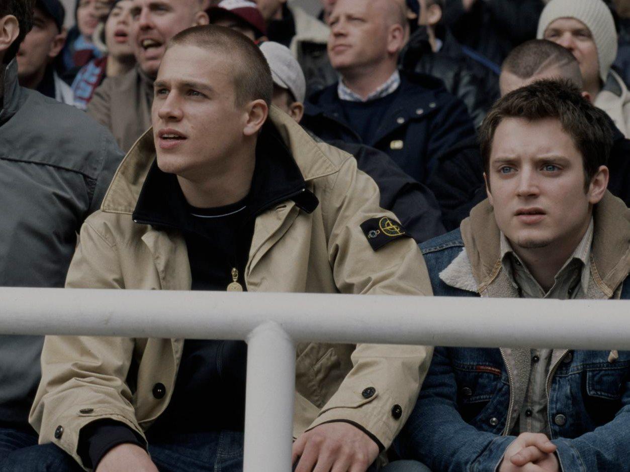 """Тренчи, бомберы и Stone Island: Футбольные фанаты в фильме """"Хулиганы"""""""