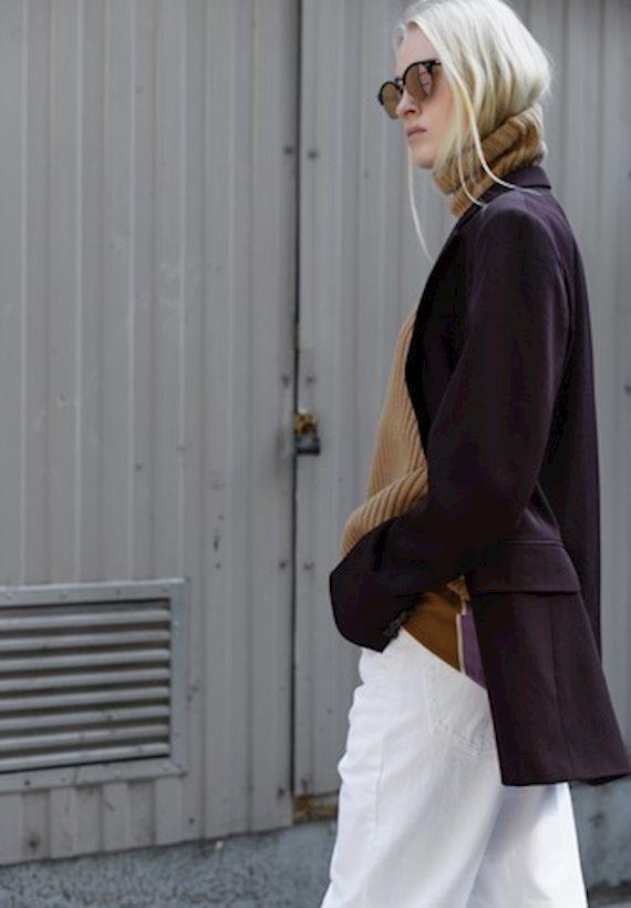 Модный образ в стиле Деловой sweater with jacket