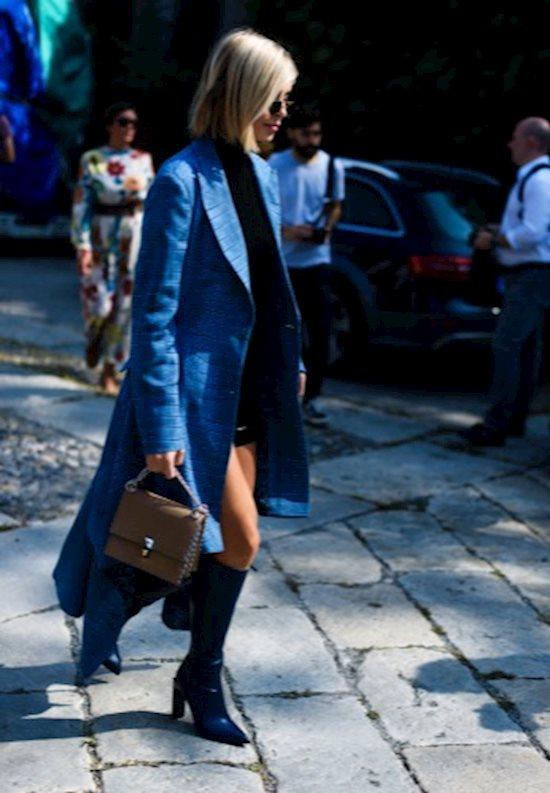 Модный образ в стиле casual blue coat