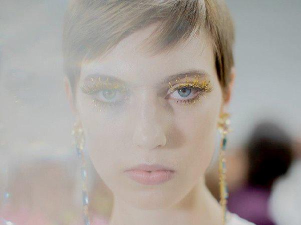 Блестящий гид: Выбираем макияж для праздника